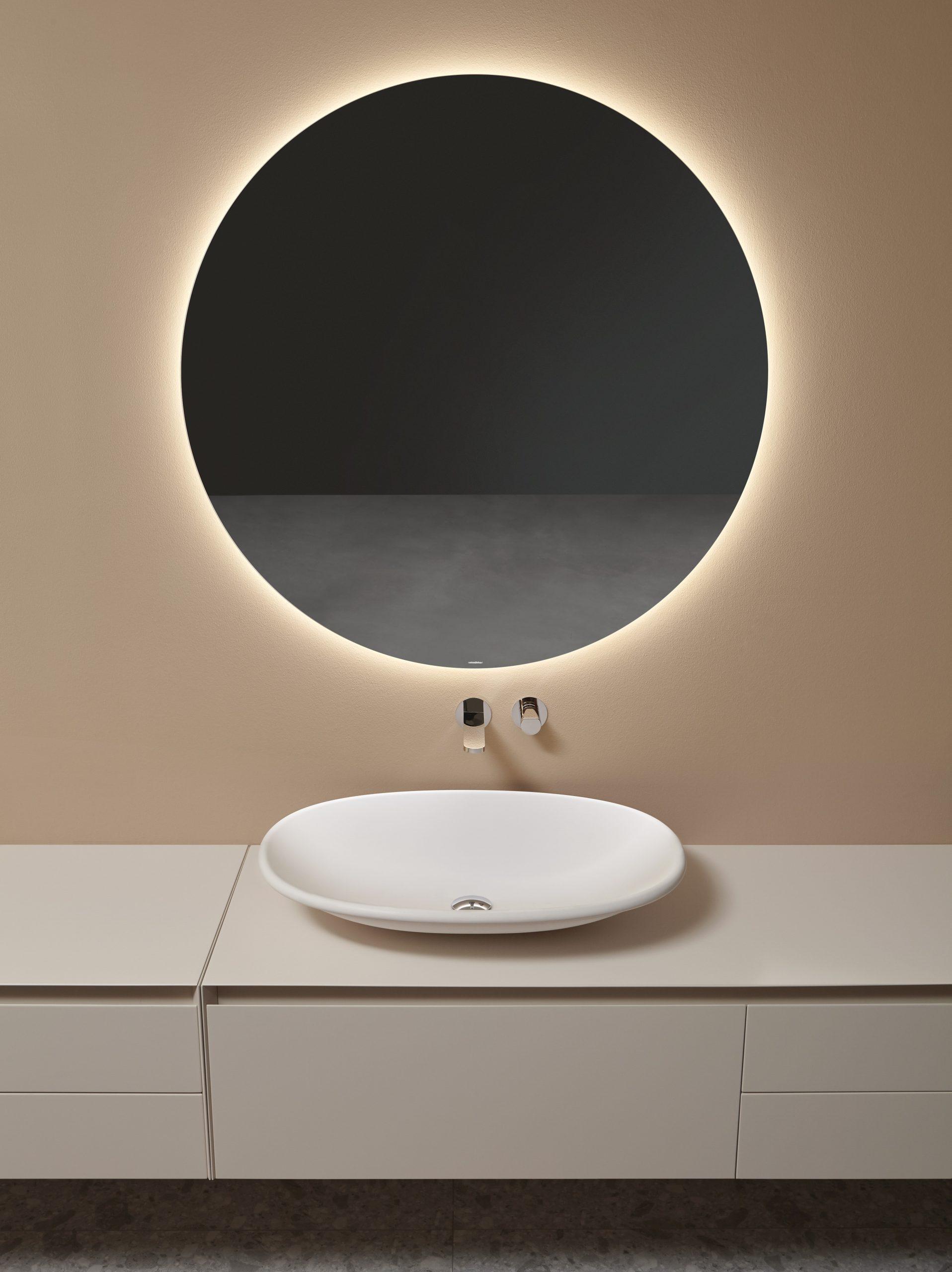 Oval Rim washbowl on PantaRei furniture