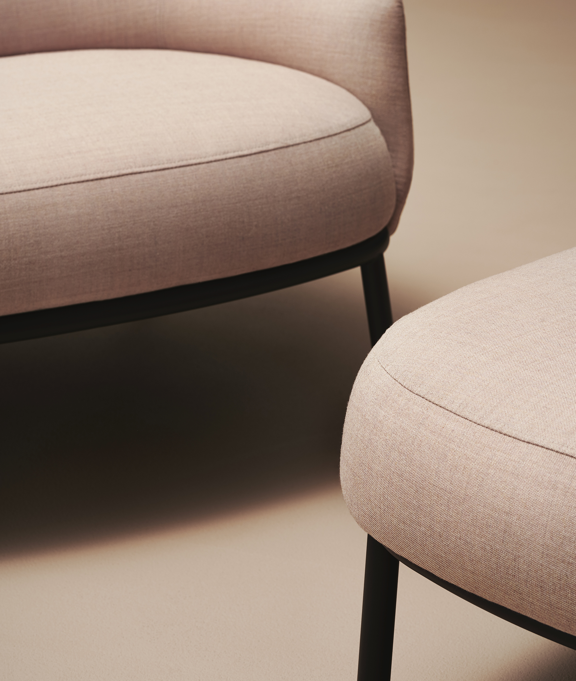 Detail of Shift easychair classic and ottoman by Debiasi Sandri for Offecct