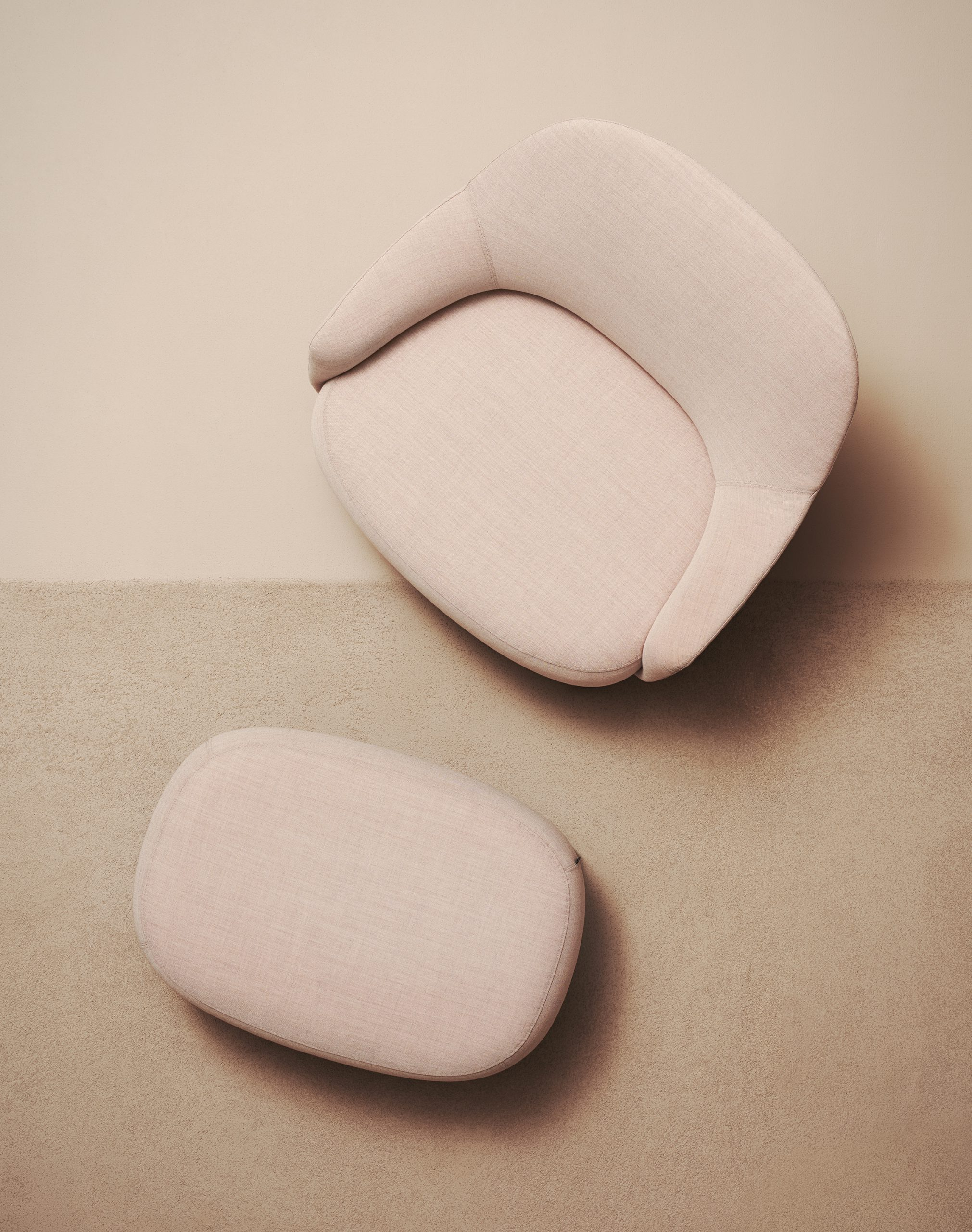 Top view of Shift easychair classic and ottoman by Debiasi Sandri for Offecct