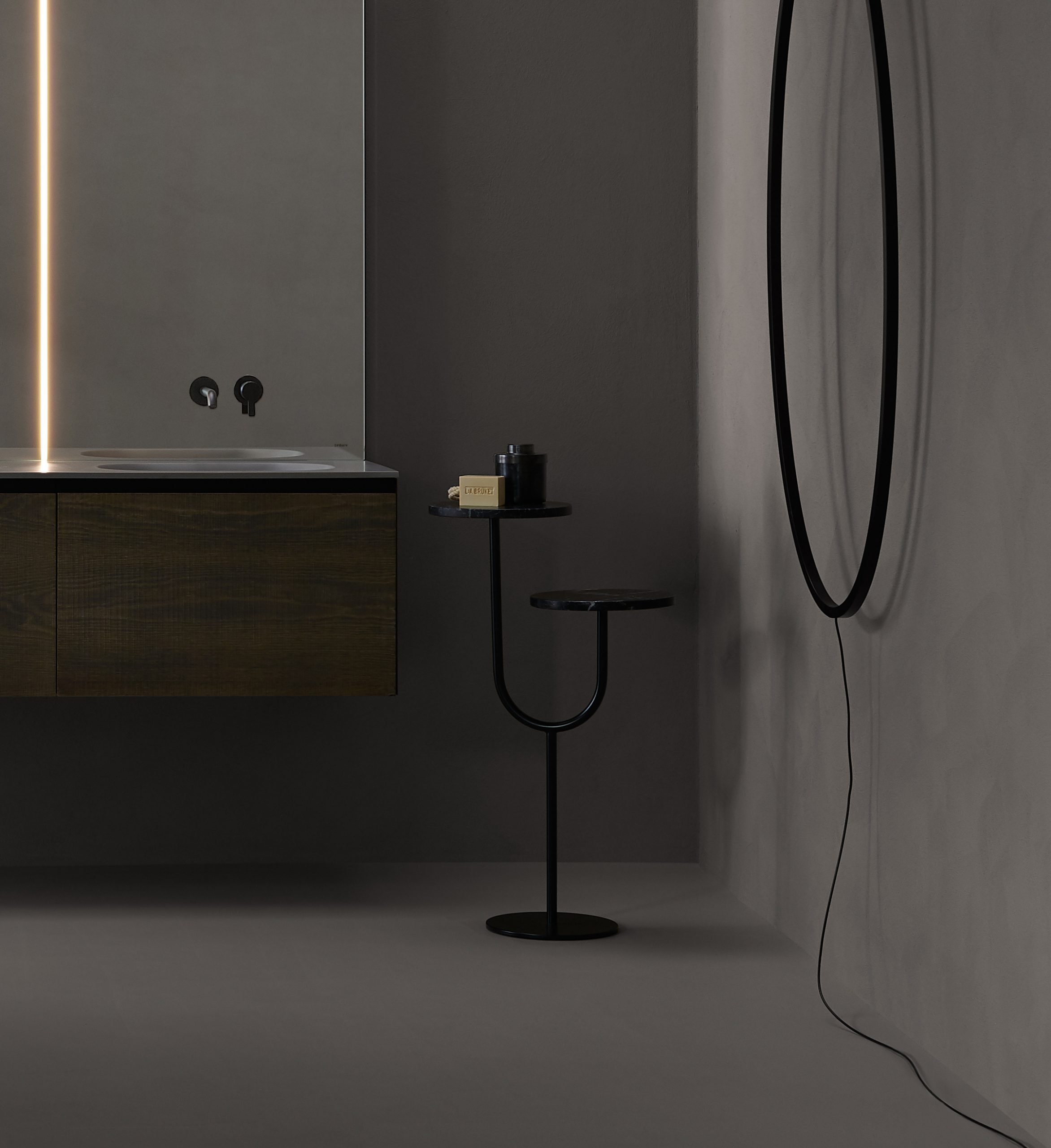 Double Bivio side table in black with Nero marquina marble top