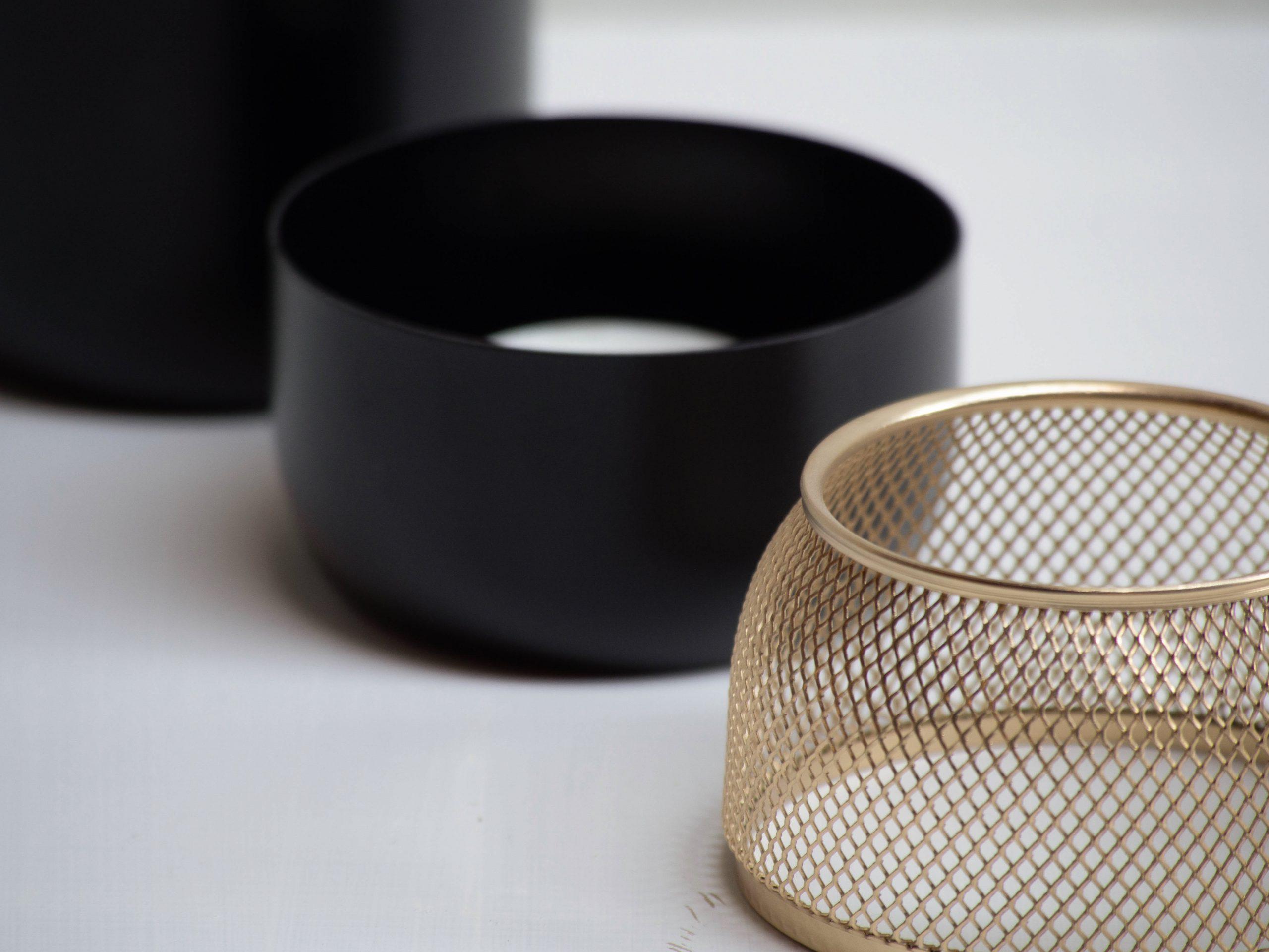 Detail of the Collar Mesh Tealight holder by Debiasi Sandri for Stelton