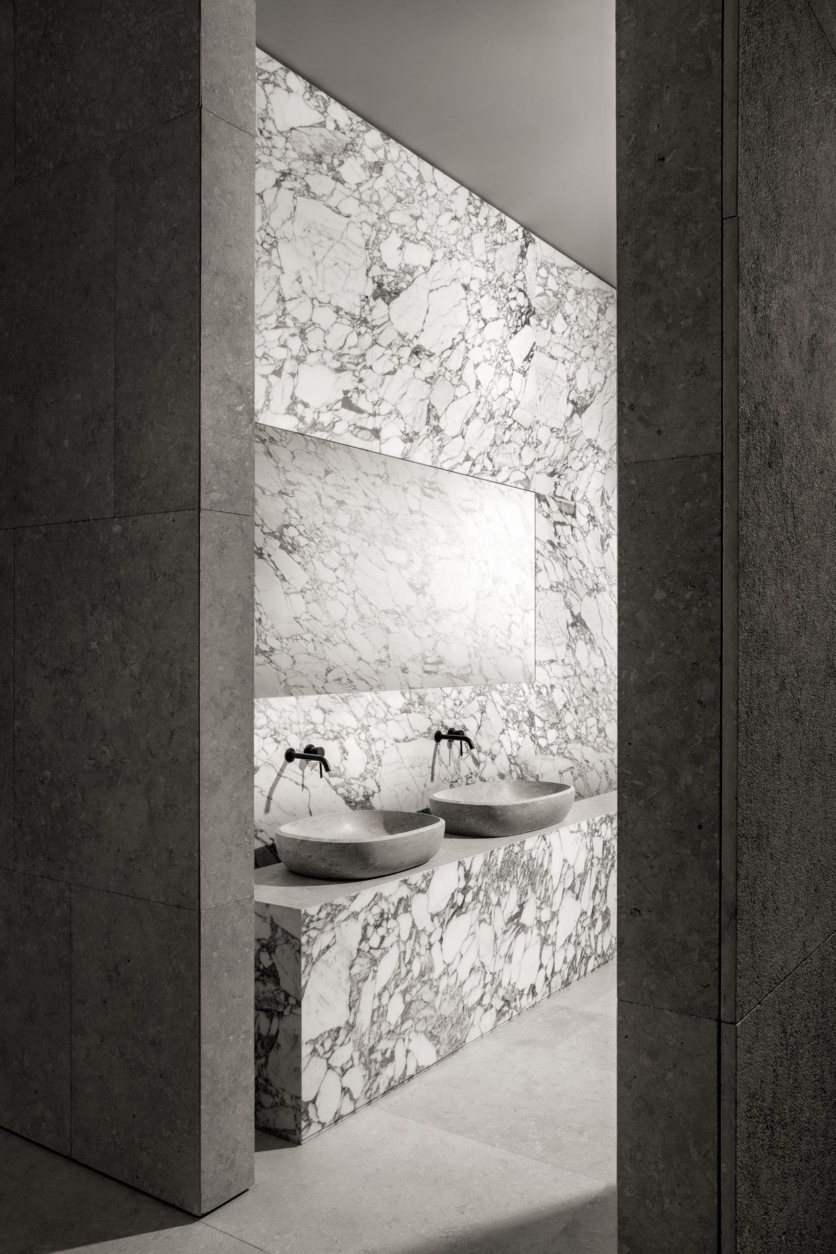 Dolina natural stone washbowl designed by Debiasi Sandri for Grassi Pietre