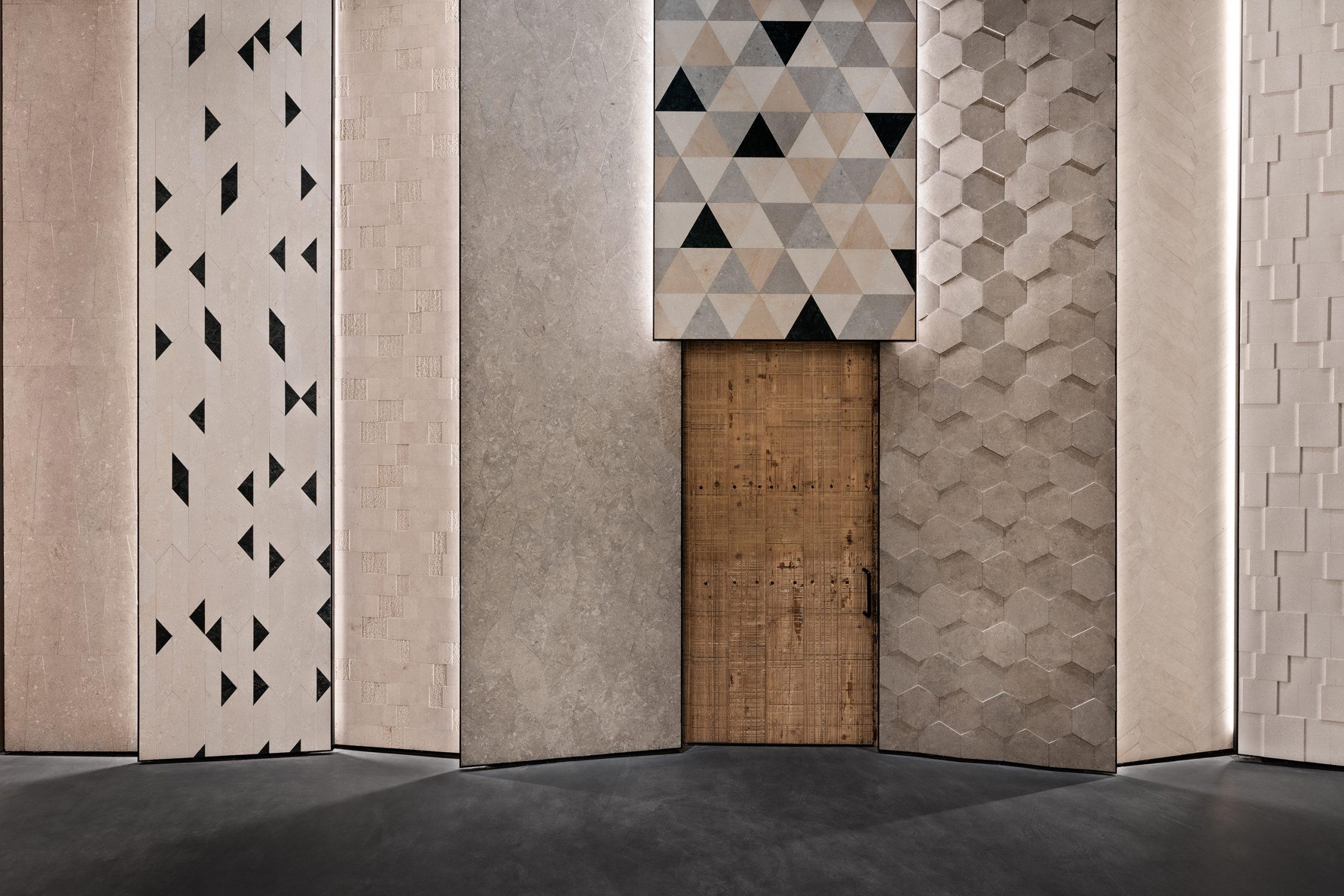 Tile wall in the Showroom Interior Design by Debiasi Sandri for Grassi Pietre