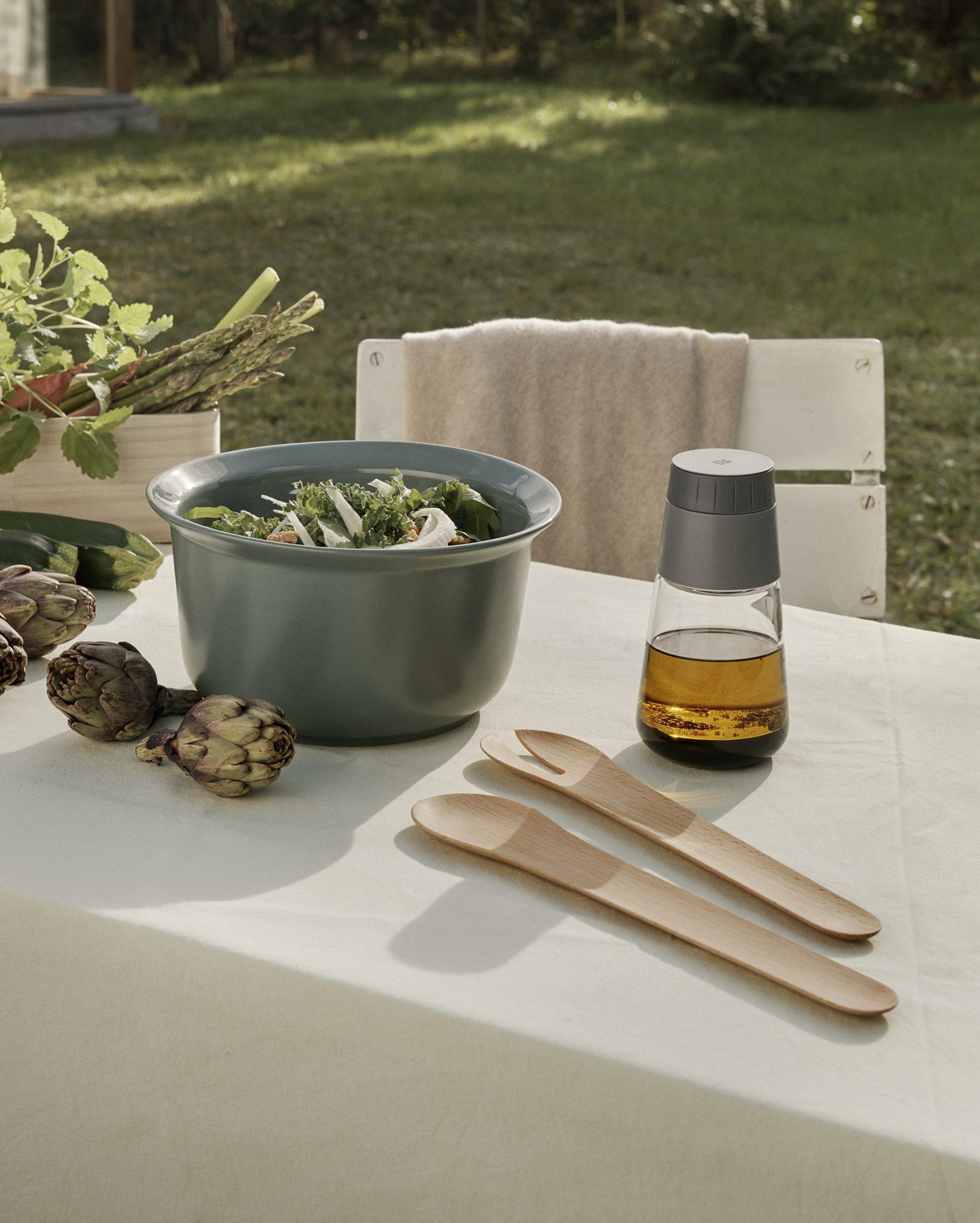 Toss It wooden salad servers by Debiasi Sandri for RigTig