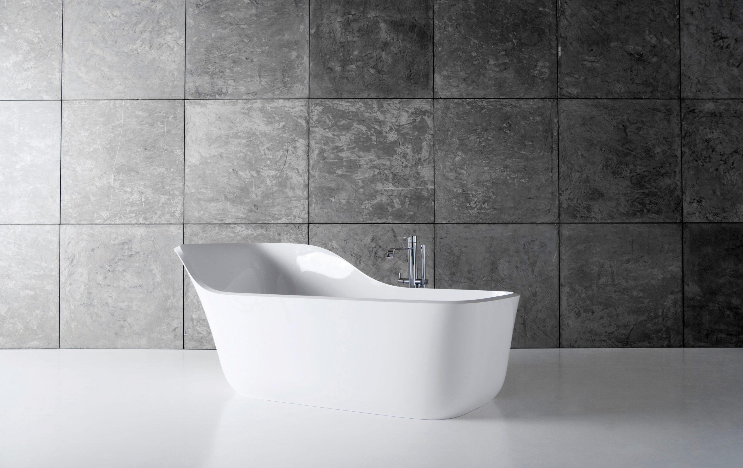 Wanda bathtub by Debiasi Sandri for Antoniolupi
